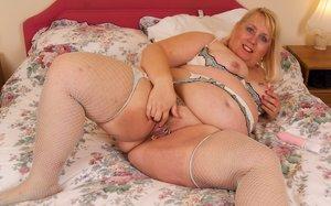 BBW Mature Pussy Sex Pics