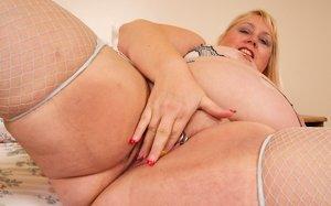 BBW Piercing Sex Pics