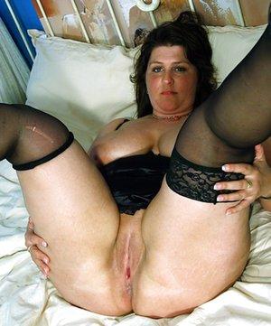 BBW Spreading Sex Pics